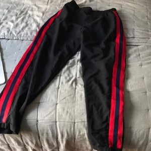 Side-stripe ankle pants
